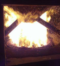Пламя в реторте 300 кВт котла